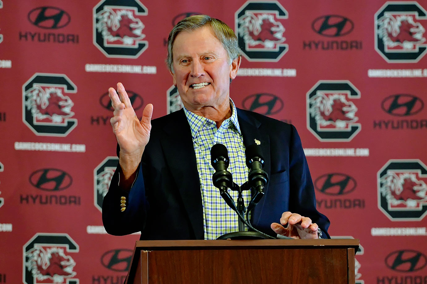 Spurrier realized things weren't going South Carolina's way this season, so he just up and quit after six games.