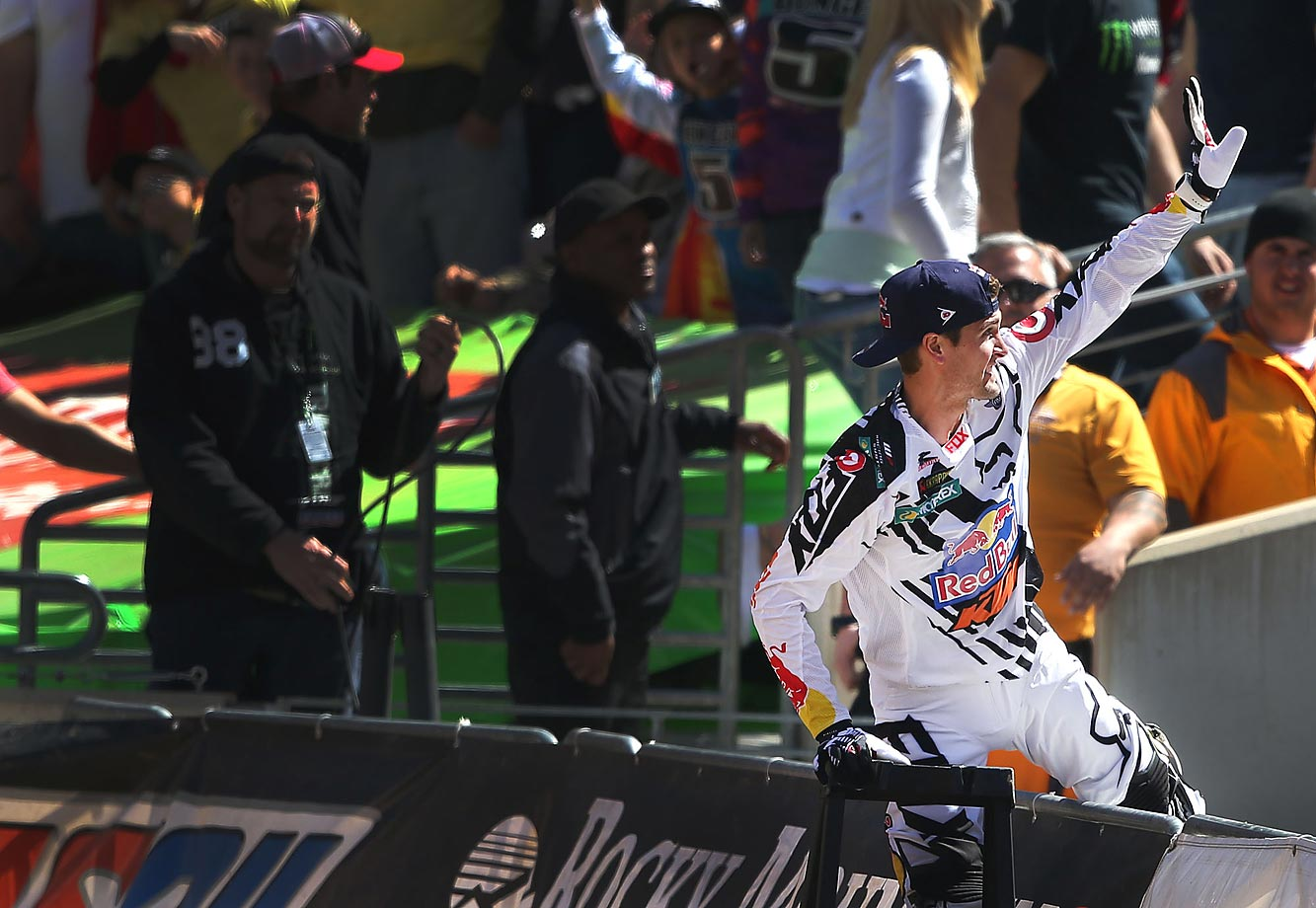 Dungey waves to fans before Saturday's Supercross event.