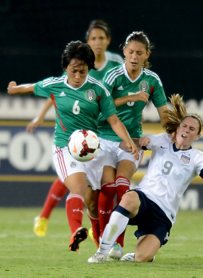 Noyola won the Hermann Trophy as college soccer's top player in 2011, when she played for Stanford. As a youth player, she represented the U.S. from the under-14 to under-20 level before joining Mexico in 2010, in time to play for El Tri in the 2011 World Cup.