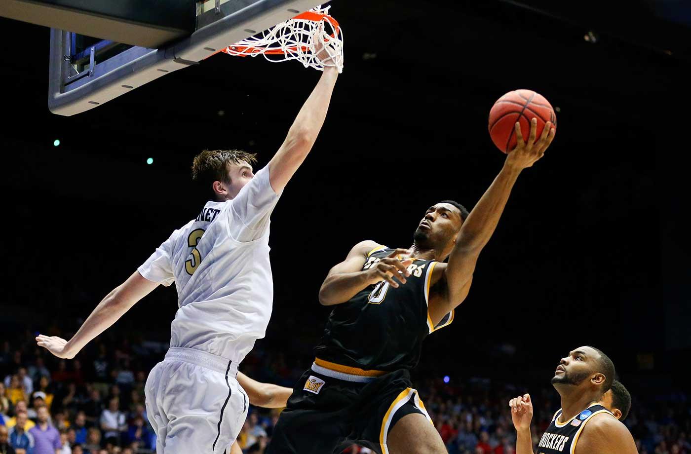 Wichita State's Rashard Kelly goes to the basket against Vanderbilt's Luke Kornet.