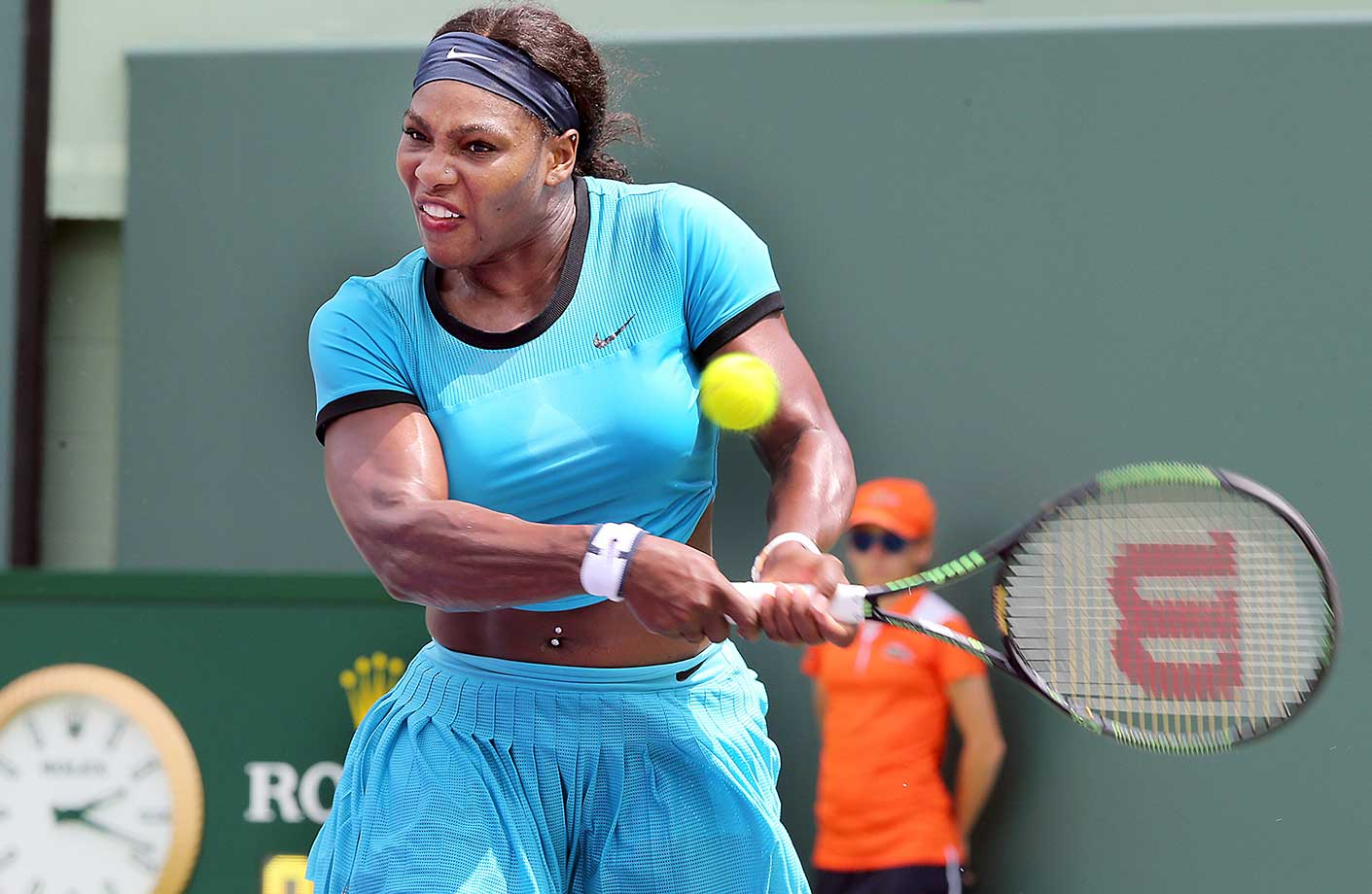 Serena Williams returns a shot during her loss to Svetlana Kuznetsova in the fourth round of the Miami Open.