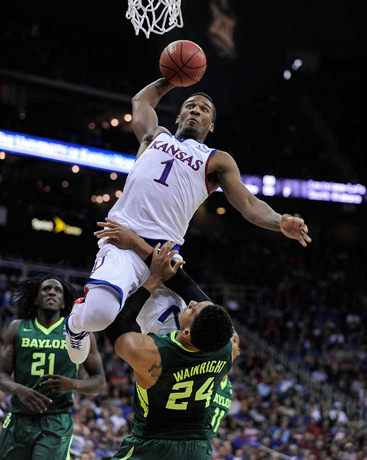 Wayne Selden Jr. of the Kansas Jayhawks posterizes Ishmail Wainright of Baylor.