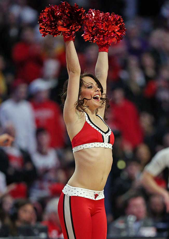 A member of the Chicago Bulls dance team performs during a break between the Bulls and the Lakers.