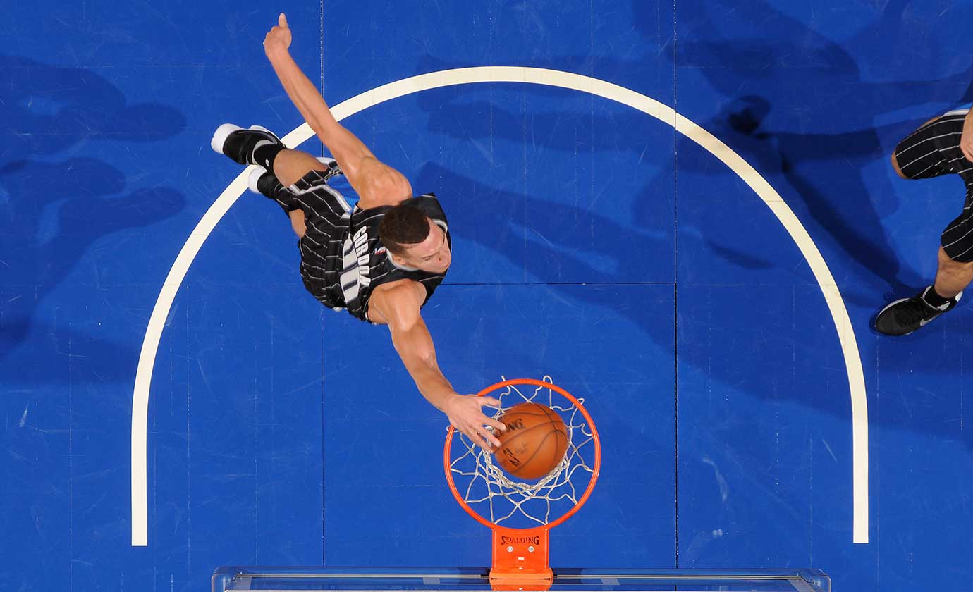 Aaron Gordon of the Orlando Magic dunks against the Golden State Warriors.
