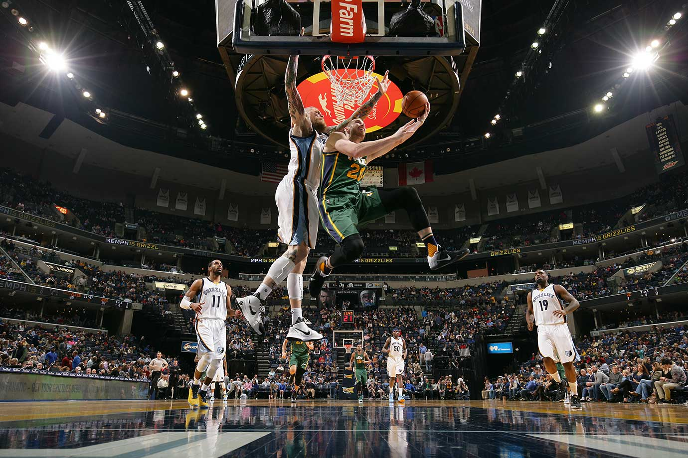 Gordon Hayward of the Utah Jazz shoots the ball against the Memphis Grizzlies.
