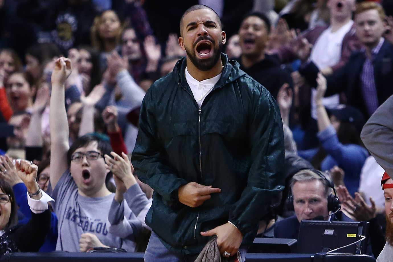 Here are some of the images that caught our eye on the sports night of March 4, beginning with Drake cheering the Toronto Raptors on to another victory.