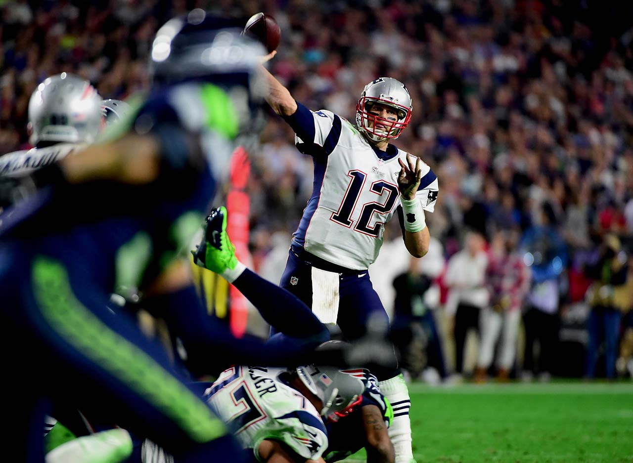 Tom Brady put the Patriots up 28-24 with this three-yard touchdown pass to Julian Edeman with 2:02 remaining.