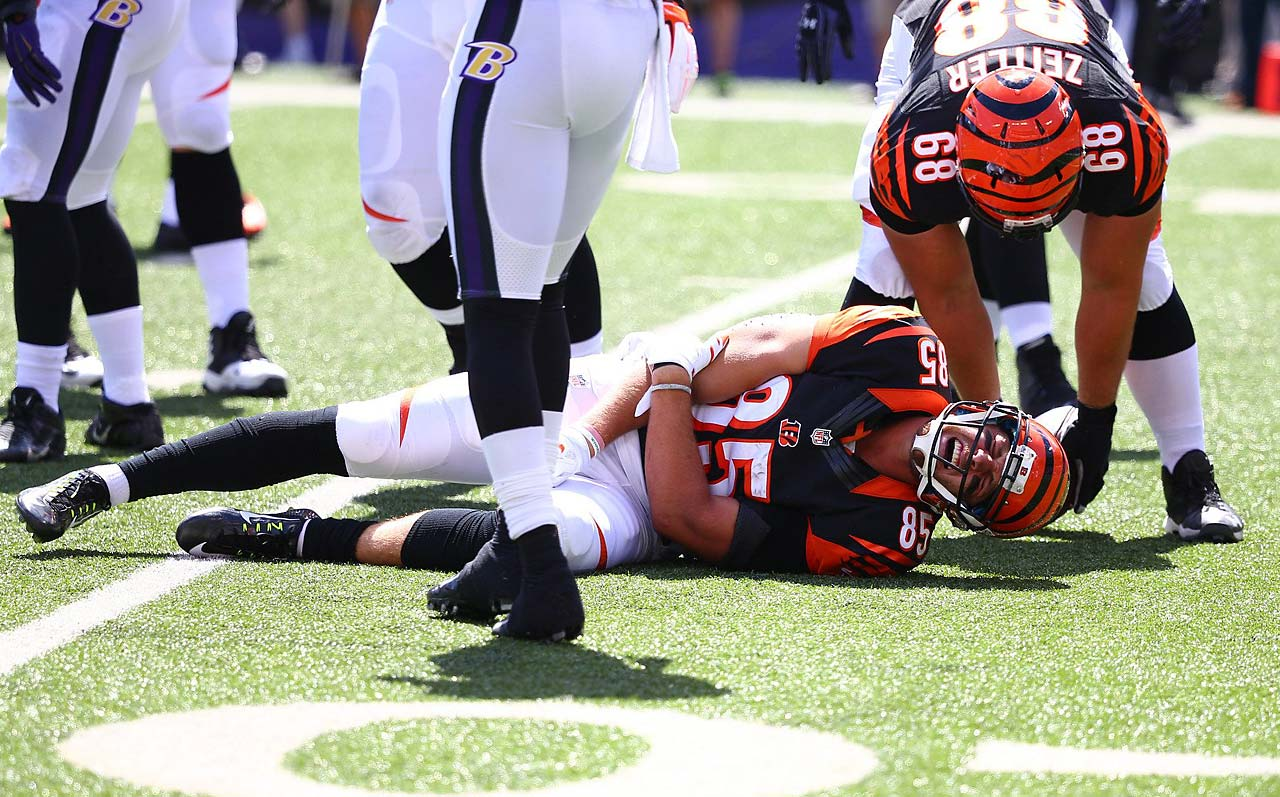 Tight end Tyler Eifert of the Cincinnati Bengals suffered an elbow injury early in the game against Baltimore and didn't return to the game.