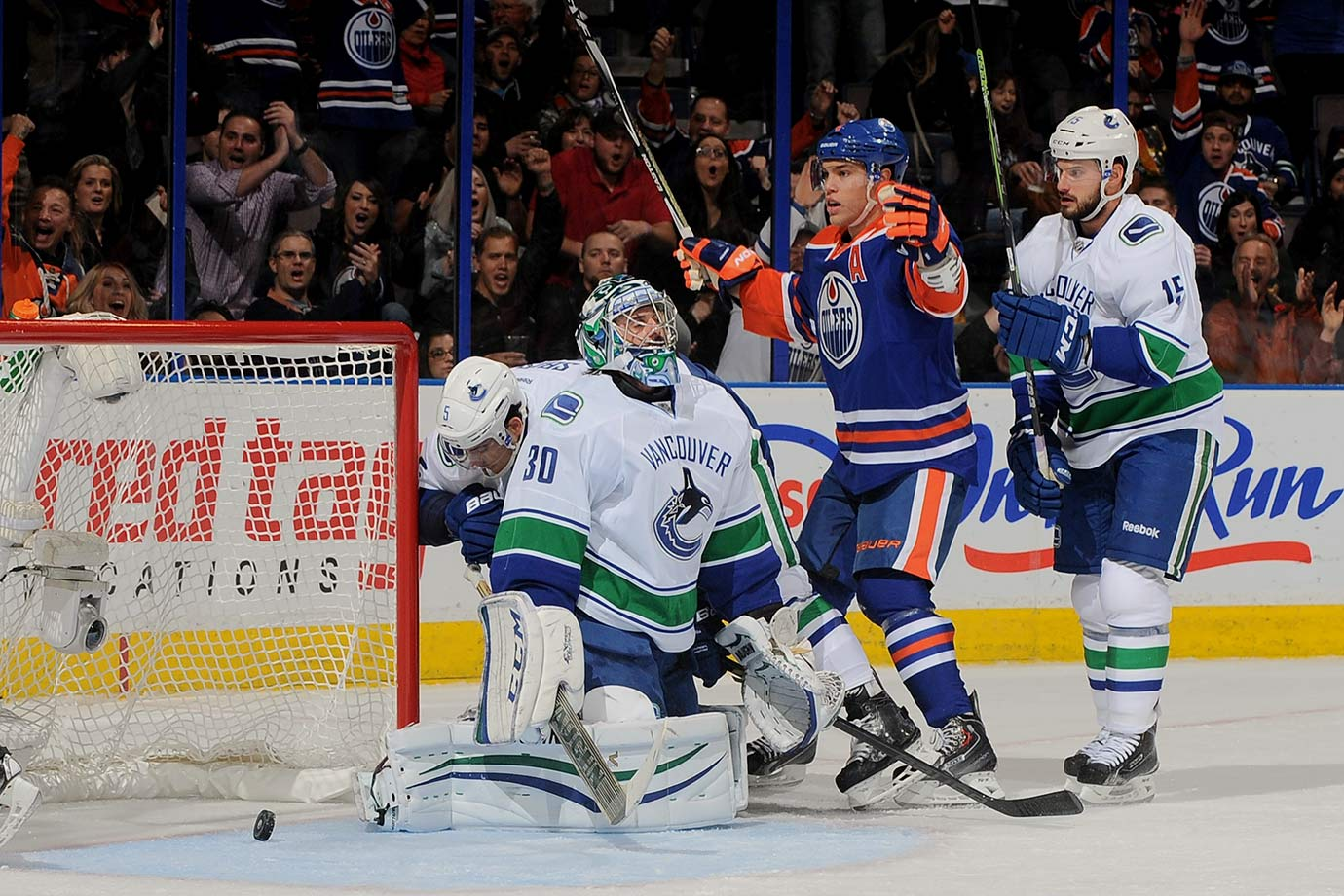 Ryan Miller is like the singer who can't quite hit the high notes anymore. He still reaches but he can't quite get them. Sort of like the pucks that keep finding the open corners of his net. Miller's career is in sharp decline, and backup Jacob Markstrom doesn't offer much in the way of insurance. Tough to win when you can't get a stop.