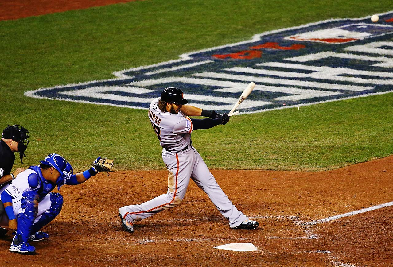 Michael Morse breaks his bat on a foul ball.