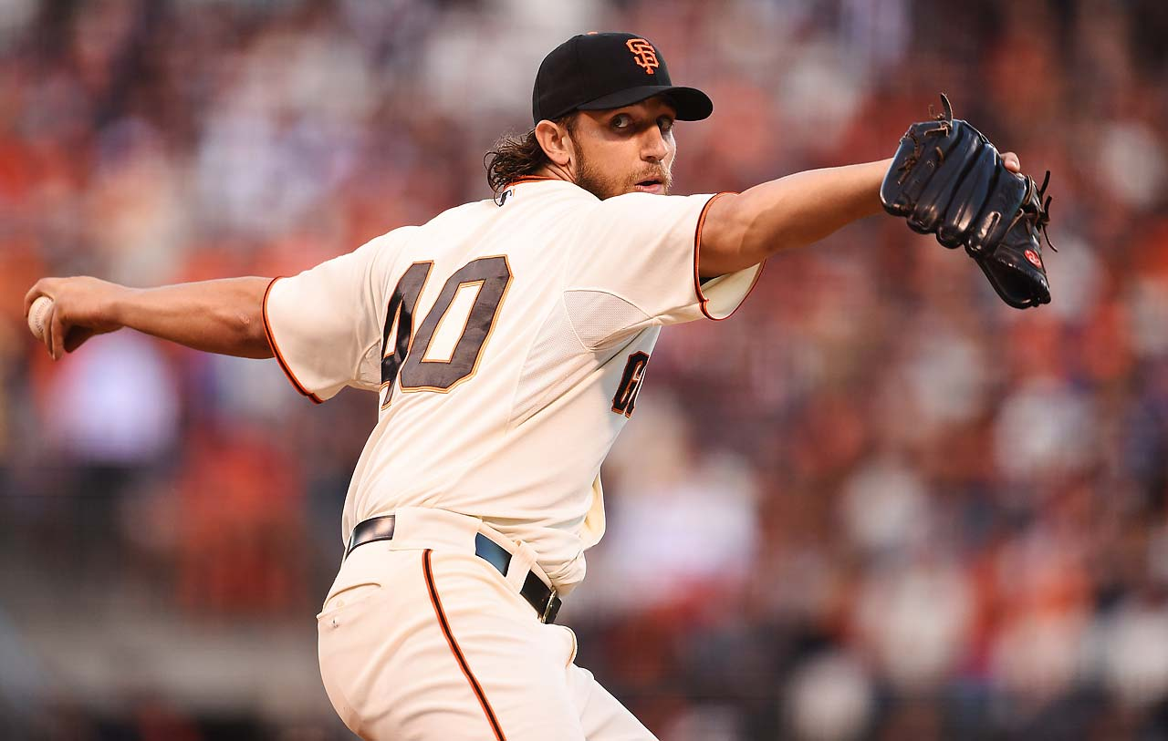 Madison Bumgarner lowered his ERA to 0.29 in four World Series starts. He threw a strike on 84 of his 117 pitches Sunday night.