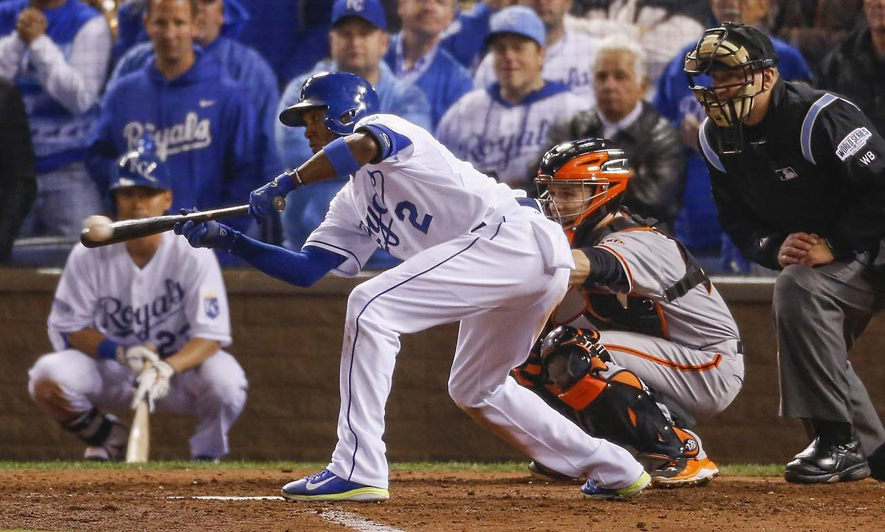 After Omar Infante greeted Madison Bumgarner with a leadoff single to start off the fifth, Alcides Escobar laid down this sacrifice bunt.