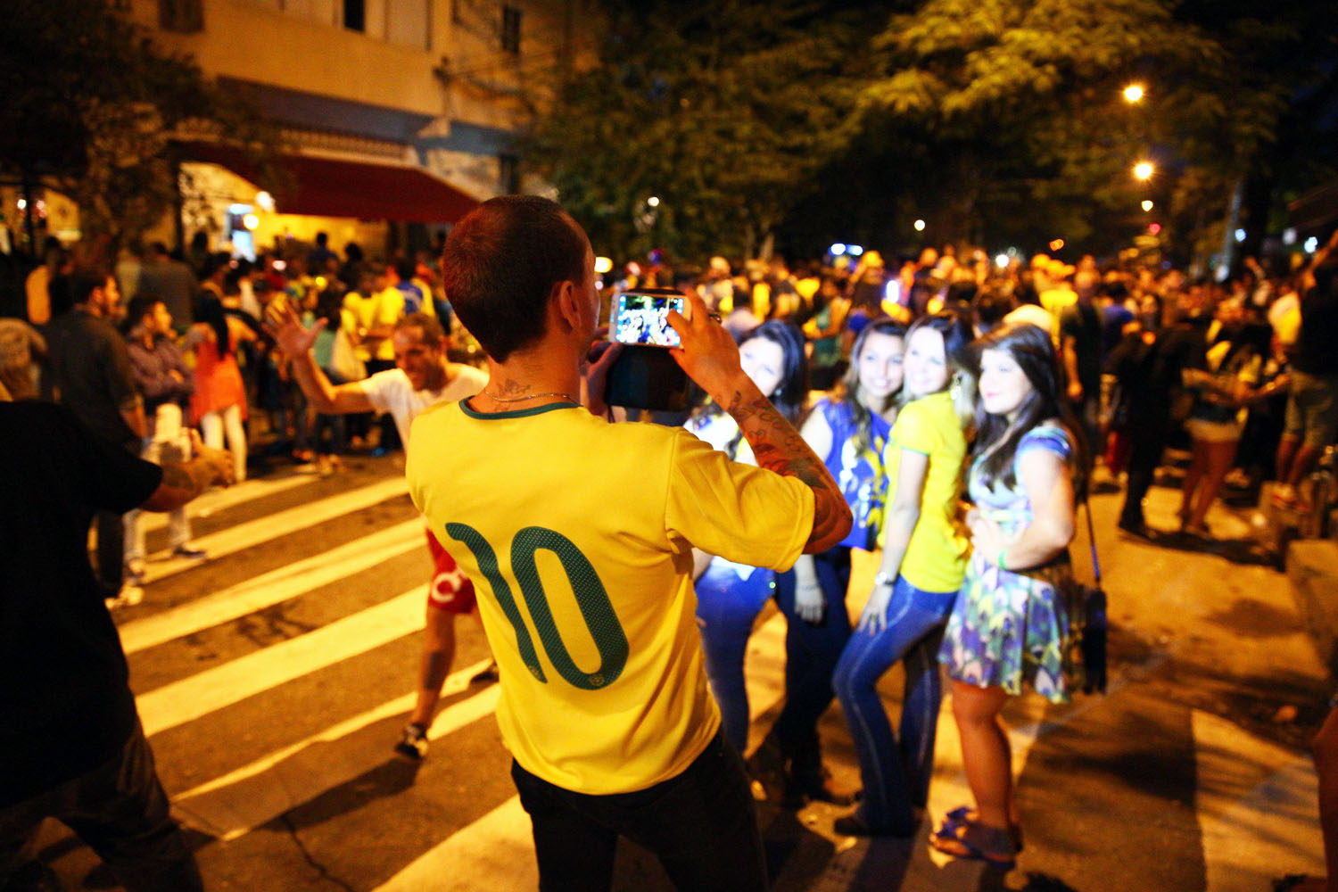 Viagem Brazil: Greg Bishop and Simon Bruty's Travel Guide to the Other Side of the World Cup. (Photos by Simon Bruty/SI)
