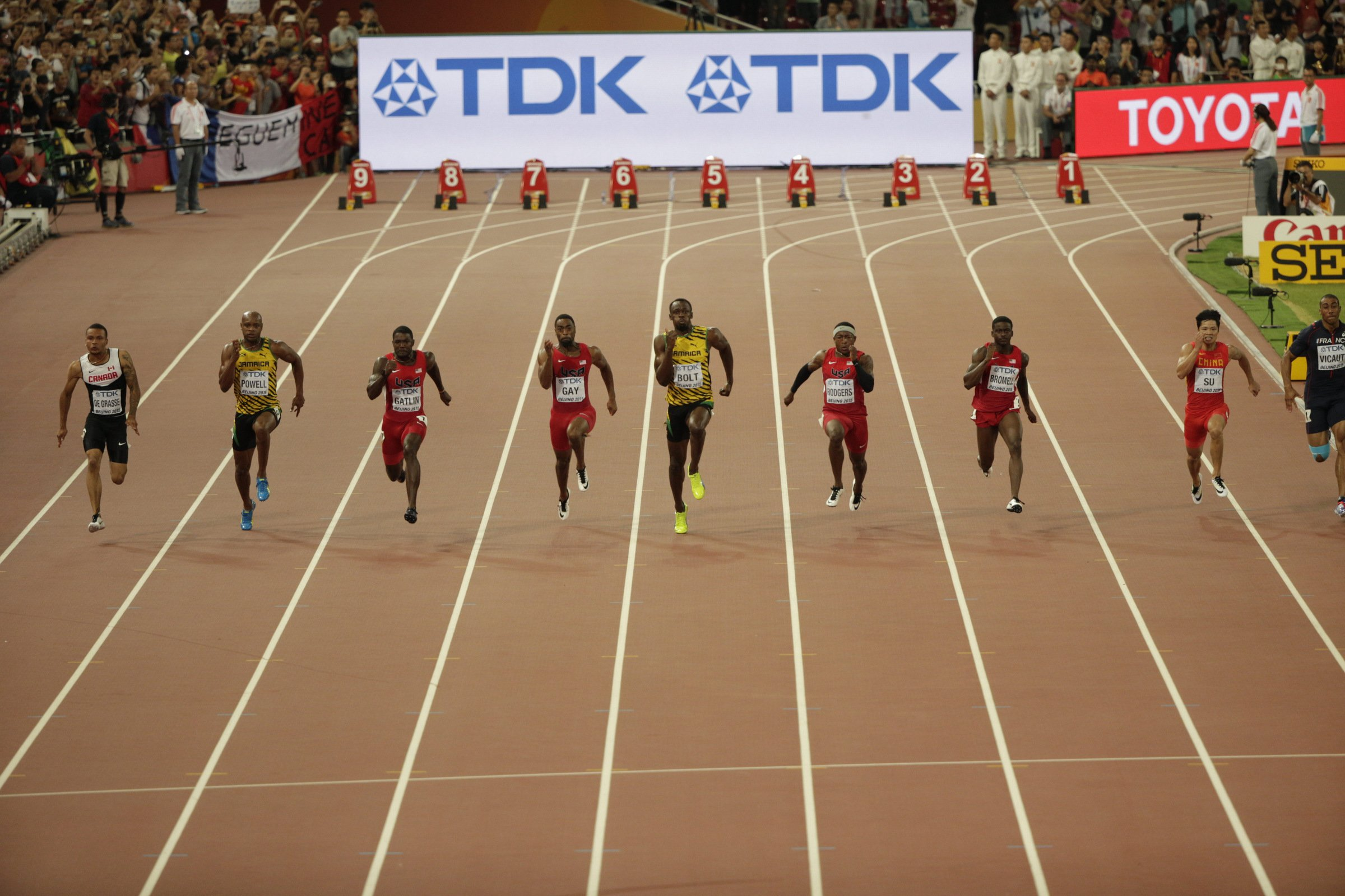 Justin Gatlin (USA) ahead in the early stages of the men's 100-meter final.