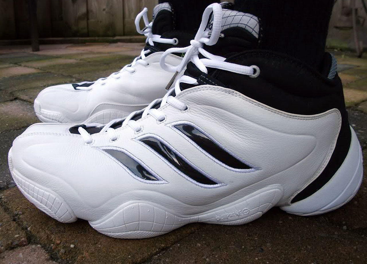 Think of the Crazy 8 and Crazy 2 slightly toned down, but with a bit more angularity. Released in 1999, the adidas three stripes take on a new look on the side, while the wavy look we saw from the second Kobe shoe remains in the third installment. But get ready, what adidas did next rode no trending wave.