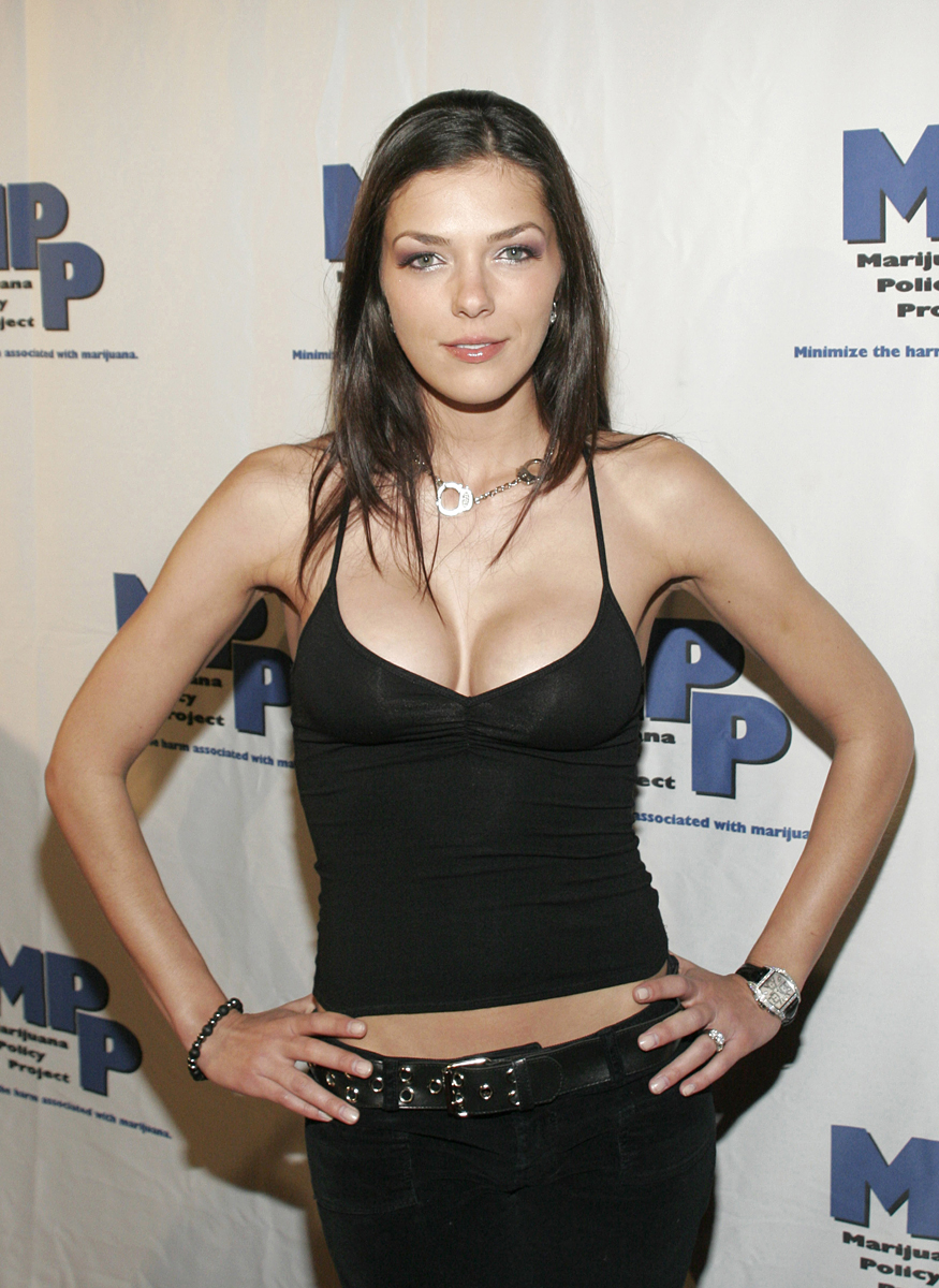 Adrianne Curry :: Getty Images