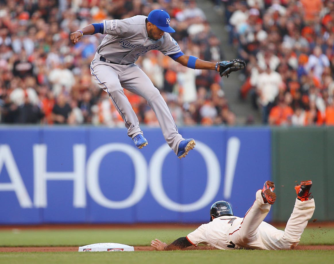 Gregor Blanco slides in safe under Alcides Escobar's tag in Game 4 of the World Series.