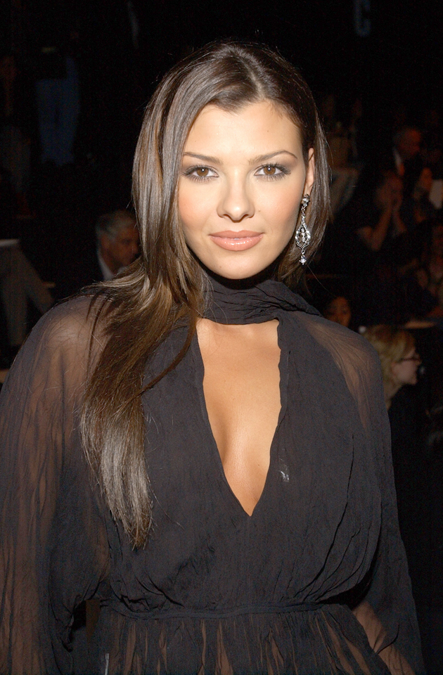 Ali Landry :: Getty Images