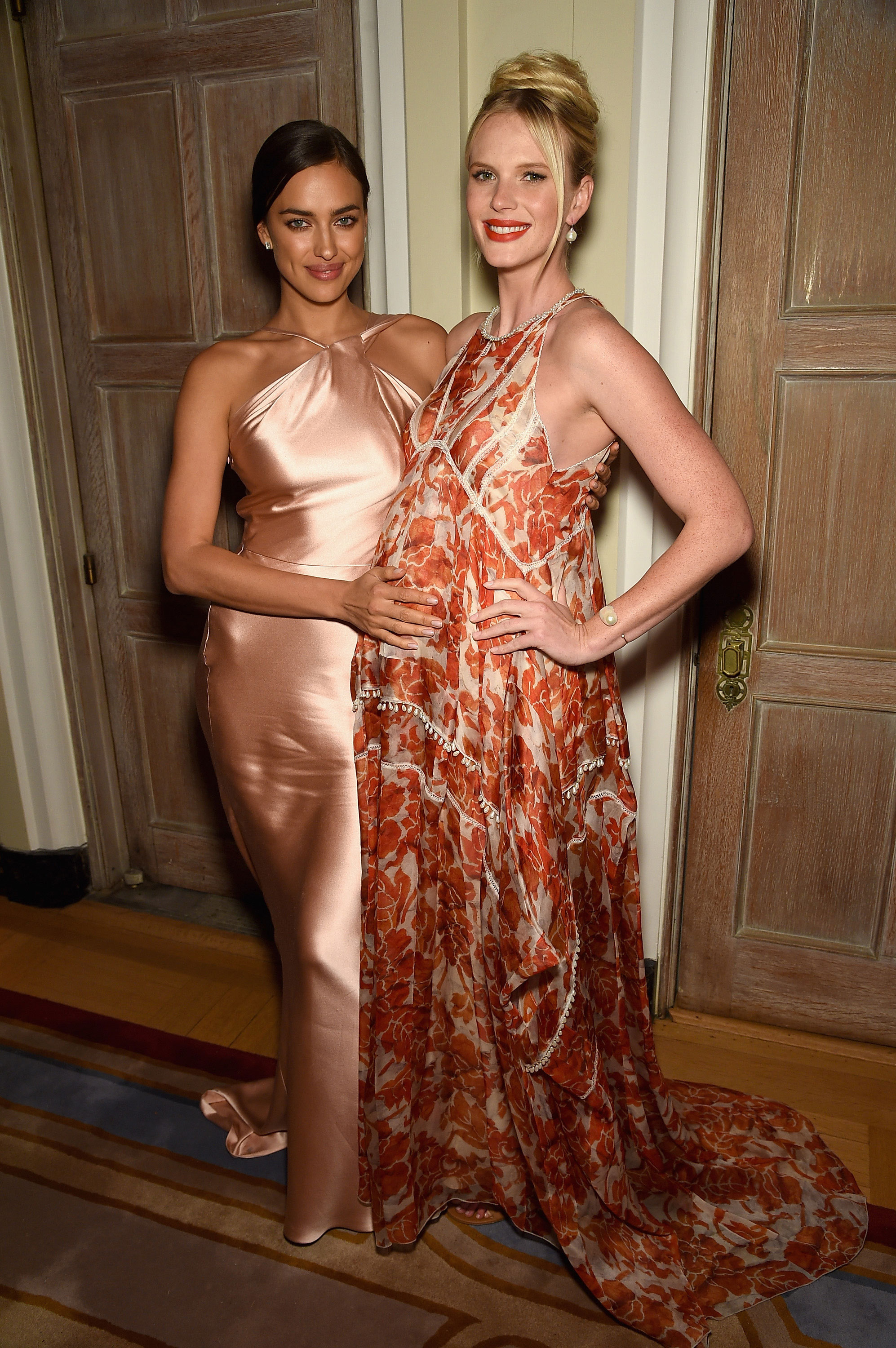 Irina Shayk and Anne V attend the Bloomberg & Vanity Fair cocktail reception following the 2015 WHCA Dinner.