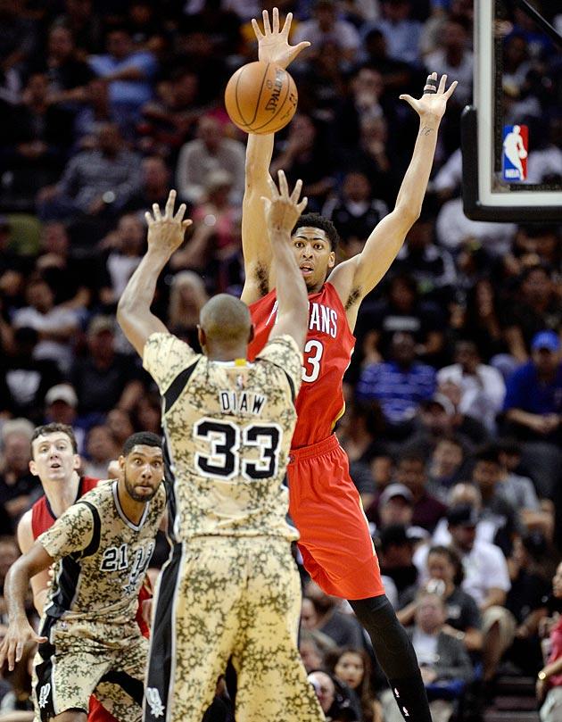 Pelicans forward Anthony Davis emerges as NBA's latest ...  Pelicans forwar...