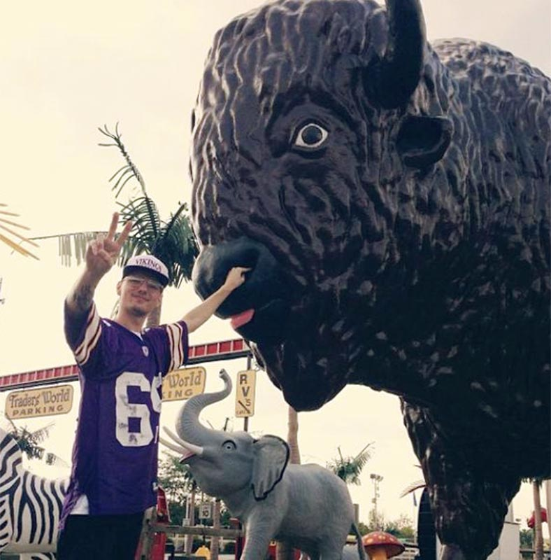 @SInow, @SInow #myNFLFanStyle - I mainly wear my gear while picking animal's noses or with the crew #Vikings #myNFLFanStyle