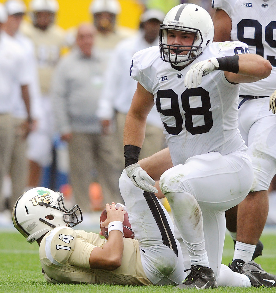 Zettel returns to Happy Valley for another season despite drawing the attention of NFL scouts with his play in 2014. The defensive lineman recorded eight sacks and 15 tackles for loss. His ability to wreak havoc in the backfield will be key in a conference loaded with talent at quarterback and running back.
