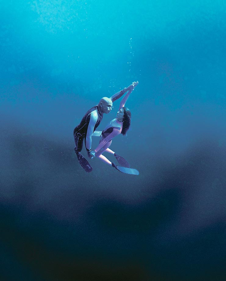 The freediving husband and wife team of Francisco Pipin Ferreras and Audrey Mestre in 2000.