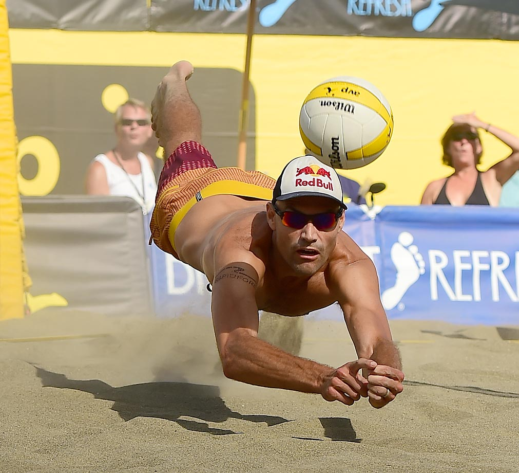 Phil Dalhausser make a diving dig. Phil finished with 20 digs and 57 kills.