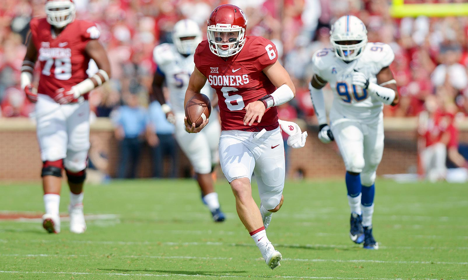 Oklahoma 52, Tulsa 38: Baker Mayfield set a Sooners record with 572 total yards and scored six touchdowns as Oklahoma outpaced the Golden Hurricane. Samaje Perine added 152 yards on the ground and a score.