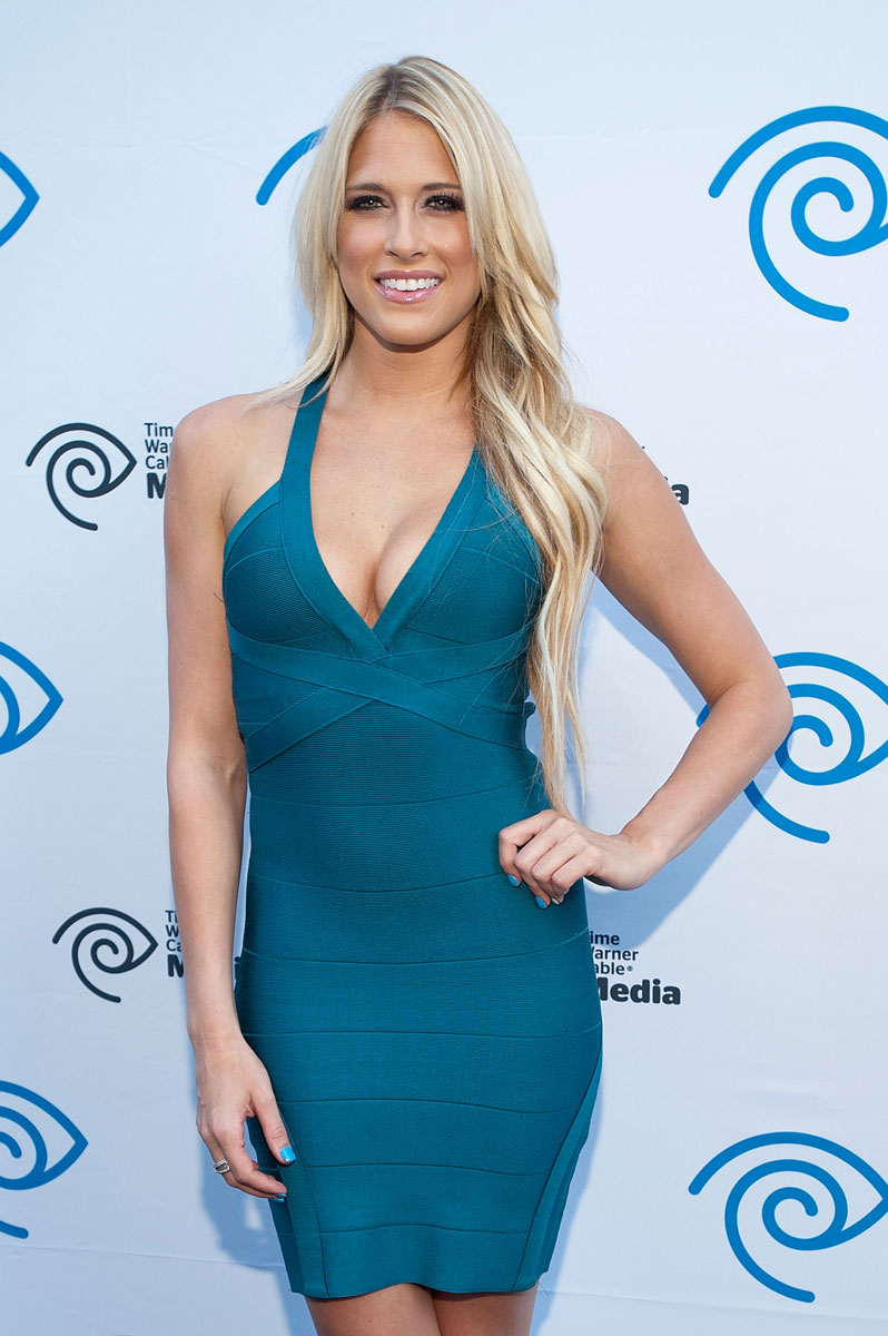 Barbie Blank :: Getty Images