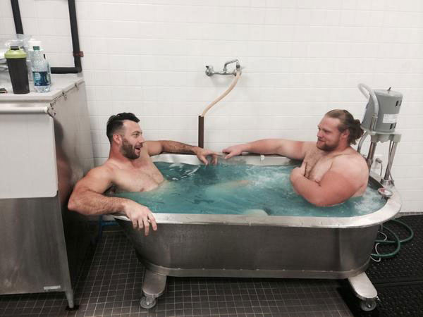 Connor Barwin and Beau Allen :: @Beau_Allen/Twitter