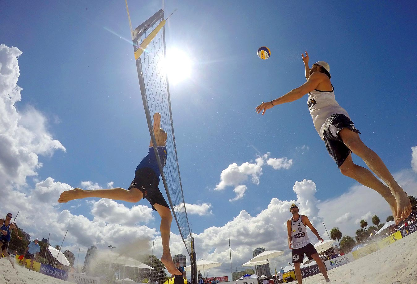 Reinder Nummerdor and Christiaan Varenhorst of the Netherlands play Iver Andreas Olsen and Geir Eithun of Norway.