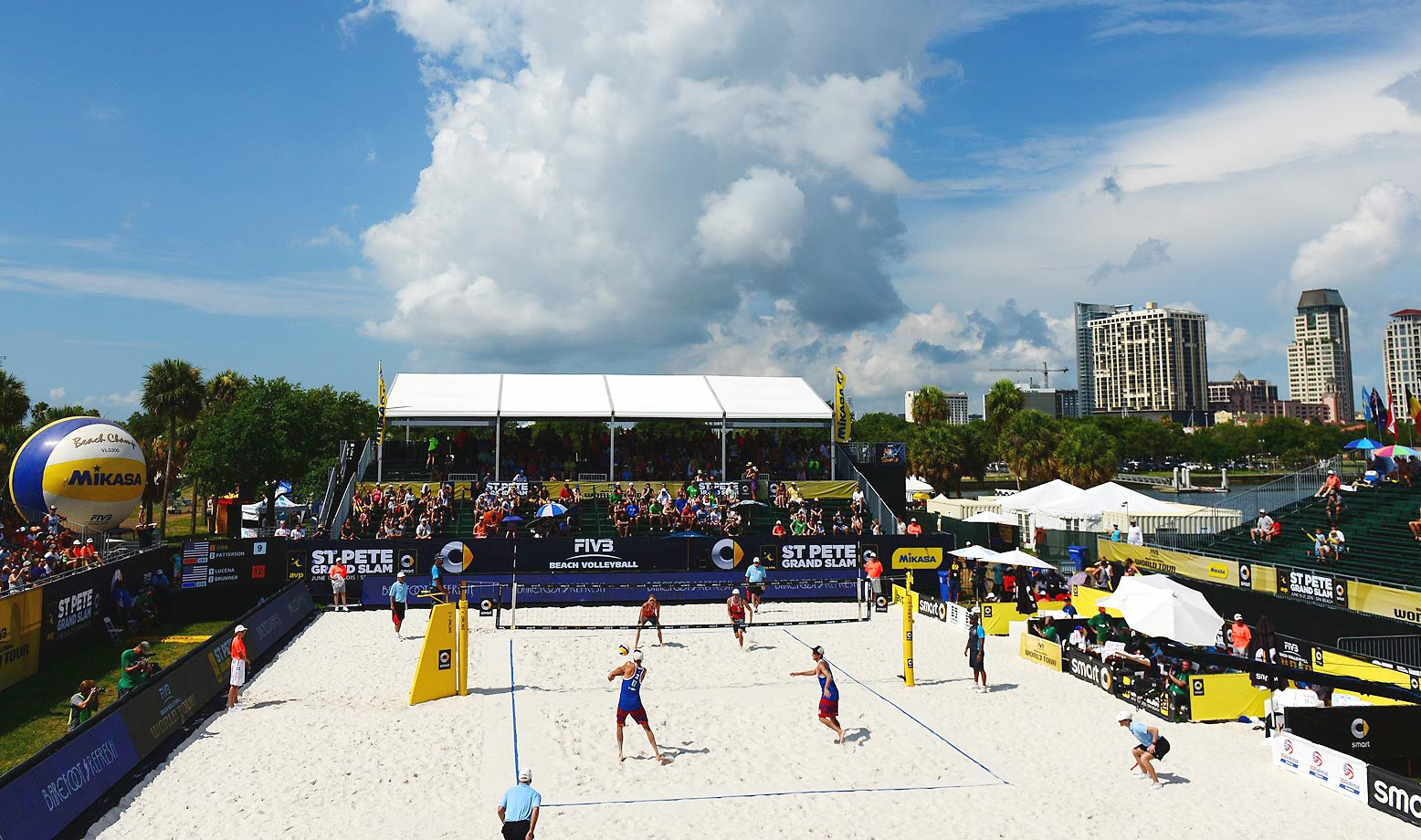 Jake Gibb and Casey Patterson of the U.S. take on Nick Lucena and Theodore Brunner of the U.S. in the men's semifinals.