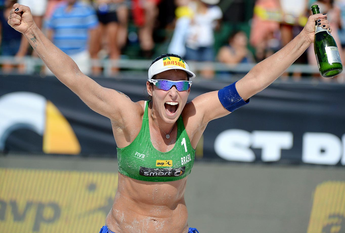 Agatha Bednarczuk of Brazil celebrates the win in the final.