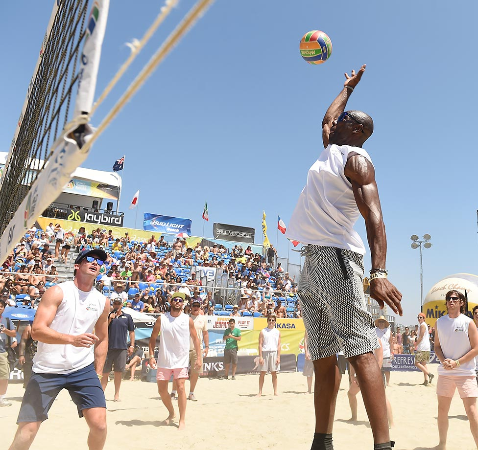 Former NFL star Terrell Owens spiked a few balls during the celebrity match at the ASICS World Series of Beach Volleyball at Long Beach.