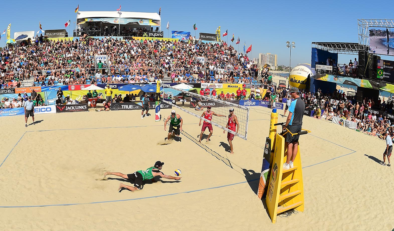 Bruno Schmidt saves a ball for Brazil during men's final.