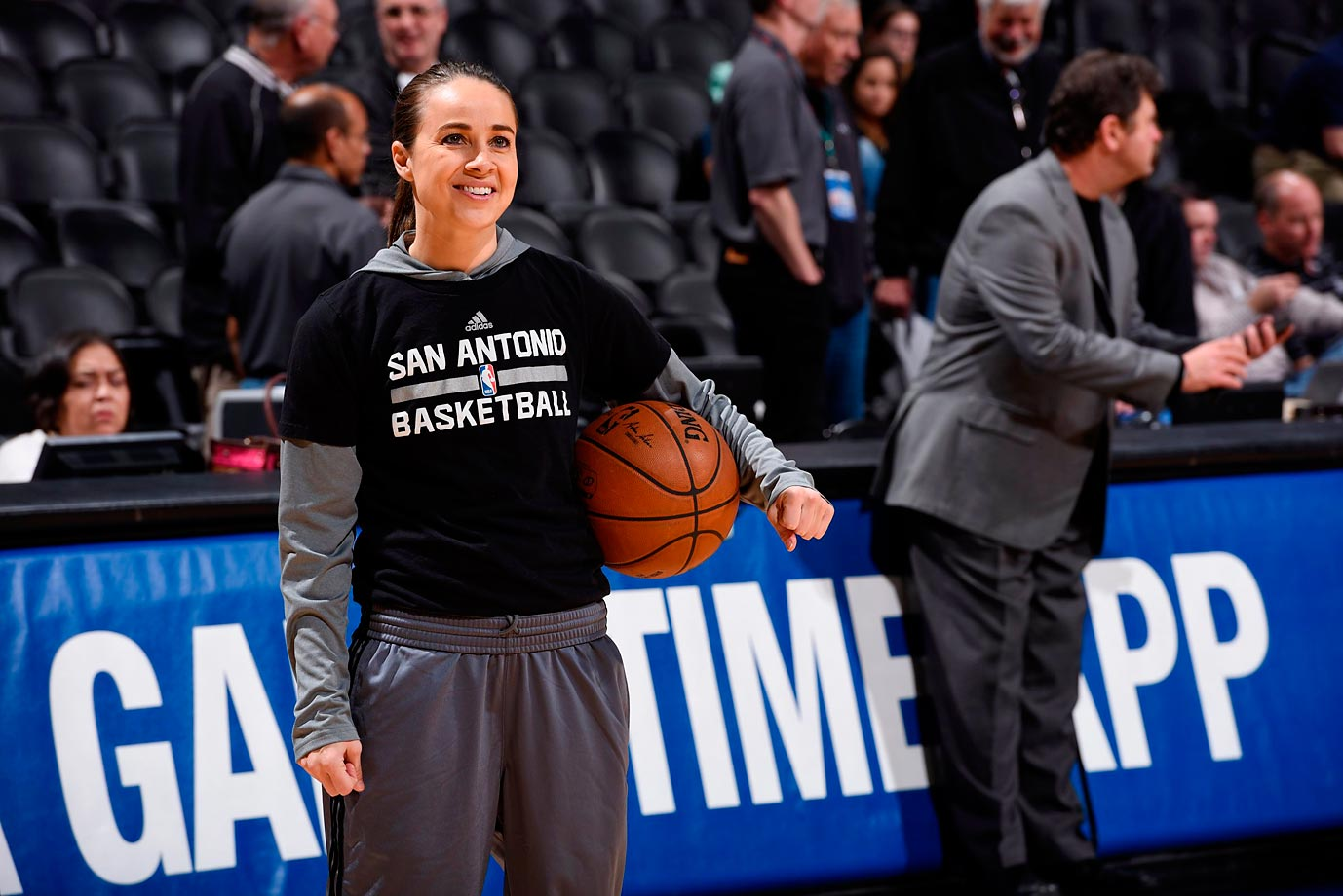 hammon women Becky hammon, who became the first woman to interview for an nba head coaching job when she met with the milwaukee bucks in may, has been promoted by the san antonio spurs.
