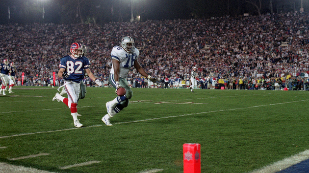 Buffalo Bills' Don Beebe (82) famously making the strip on Cowboys' Leon Lett (78) in Super Bowl XXVII.