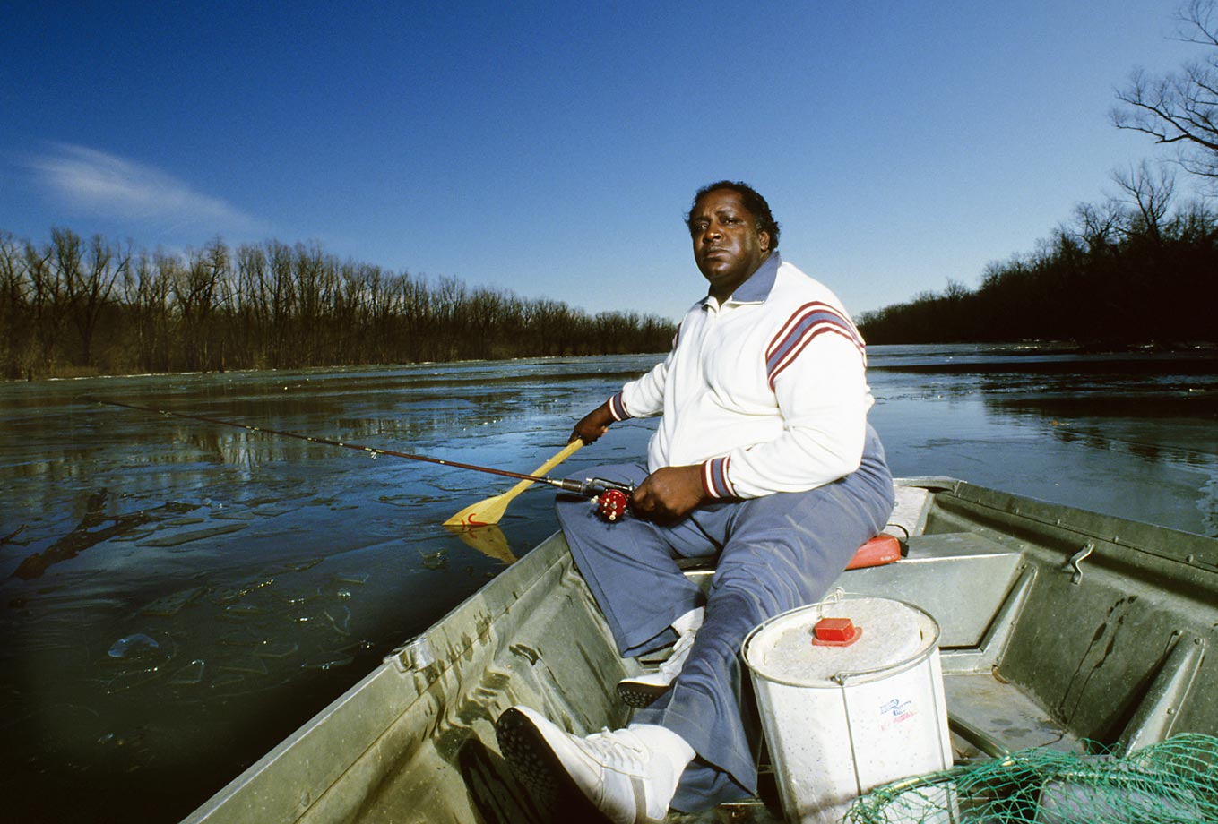 Former Green Bay Packers player Bob Brown fishing in 1985.