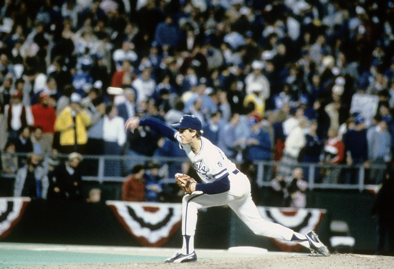 Bret Saberhagen throws during the final game of the World Series. The 21-year-old finished the season with a 20-6 record.