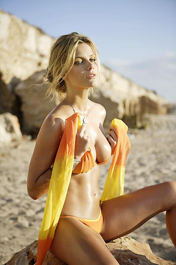 Brooklyn Decker :: Raphael Mazzucco/SI