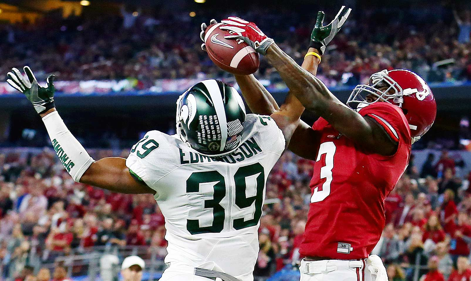 Alabama 38, Michigan State 0: The Crimson Tide blanked the Spartans in the Cotton Bowl to advance to the national championship game against Clemson. True freshman Calvin Ridley led the offense with eight catches for 138 yards and two touchdowns.