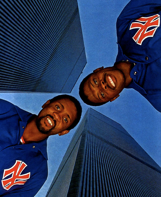 Bill Cartwright and Pat Ewing :: Walter Iooss Jr./SI