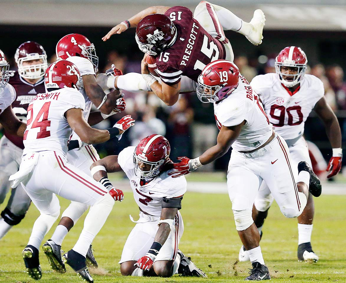 Alabama 31, Mississippi State 6: The Crimson Tide bludgeoned Dak Prescott for nine sacks to help keep the Bulldogs out of the end zone. Derrick Henry rushed for 204 yards and two scores on the ground.