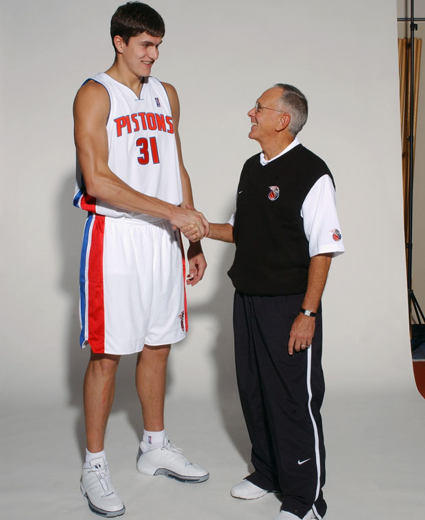 Darko Milicic and Larry Brown :: Getty Images