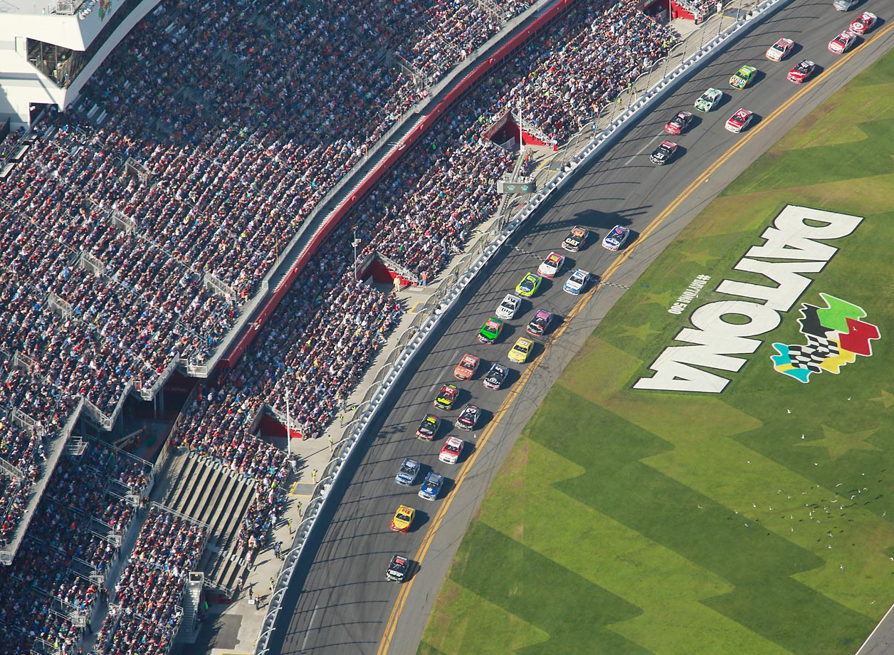 An overhead view of the 57th annual Daytona 500.