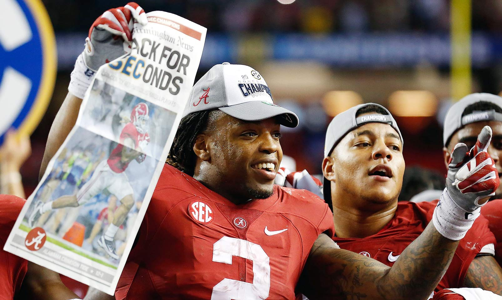 Alabama 29, Florida 15: The Crimson Tide repeated as SEC champions with a victory over the Gators. Florida's offense got nothing going, including just 15 yards on the ground. Alabama found that giving the ball to Henry was its best option again, as he carried 44 times for 189 yards.