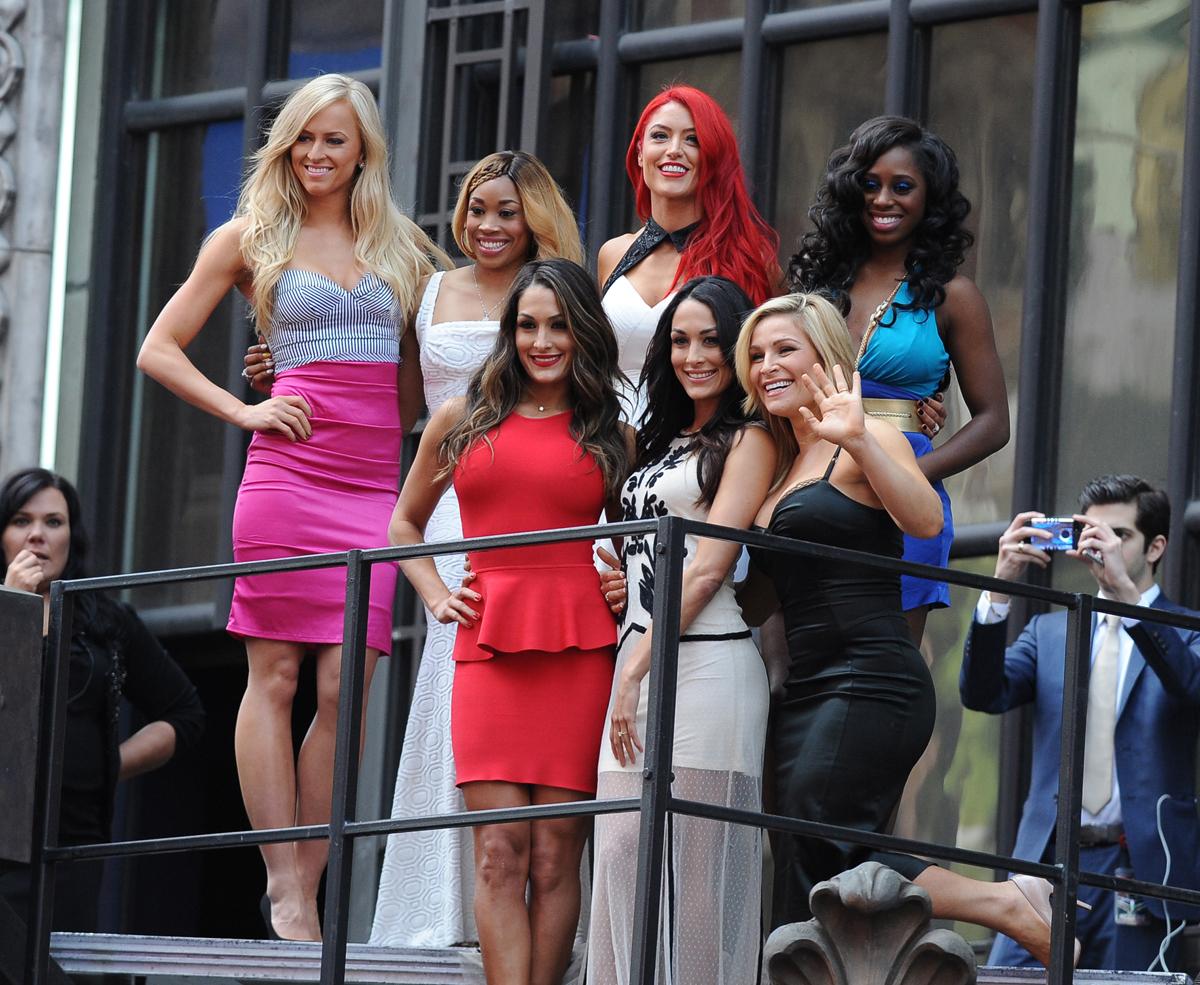 WWE Divas :: Corbis