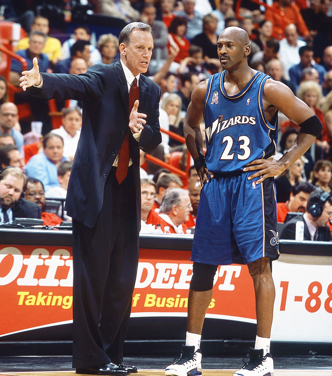 Doug Collins and Michael Jordan (2001) :: Getty Images