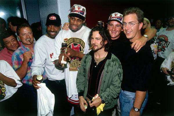 Dennis Rodman and Eddie Vedder :: Getty Images
